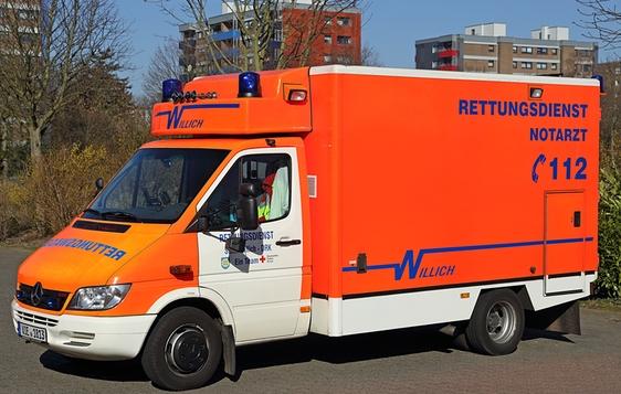 Rettungswagen RTW-4